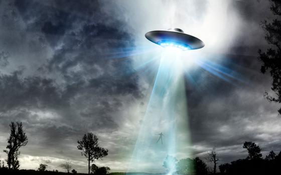 Thượng nghị sĩ Mỹ đưa ra lời cảnh báo về sự đe dọa của UFO