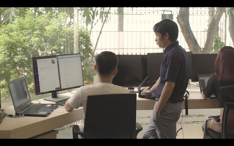 VinAI - Bệ phóng khoa học của các tài năng AI Việt - Ảnh 4.