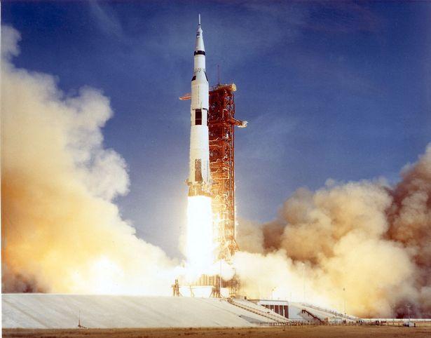 NASA sẽ đưa con người trở lại Mặt trăng trước năm 2026? - Ảnh 2.
