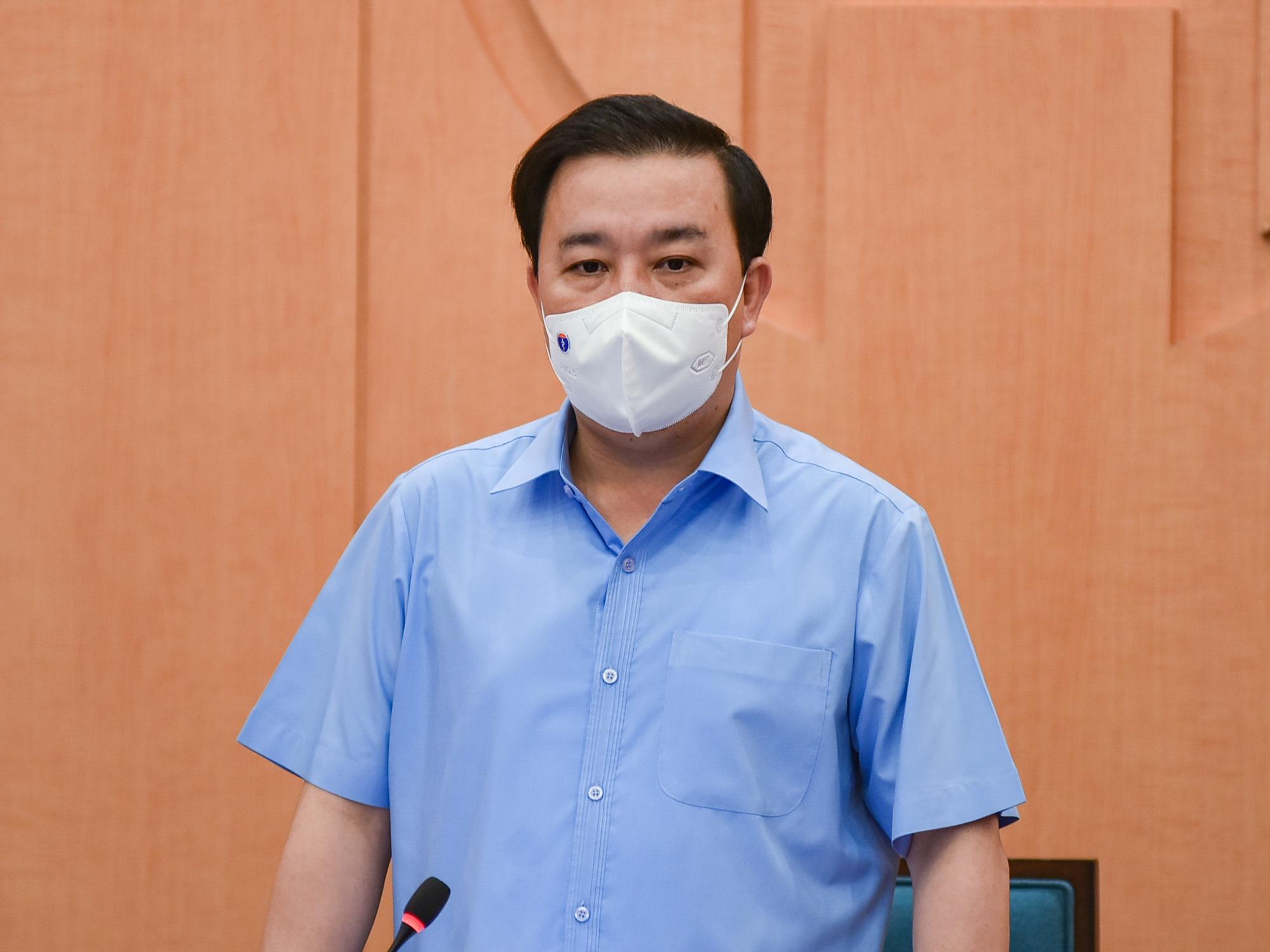 Phó Chủ tịch UBND TP.Hà Nội Chử Xuân Dũng phát biểu tại cuộc họp của Ban Chỉ đạo phòng, chống dịch bệnh Covid-19 của Hà Nội, chiều 24/5.