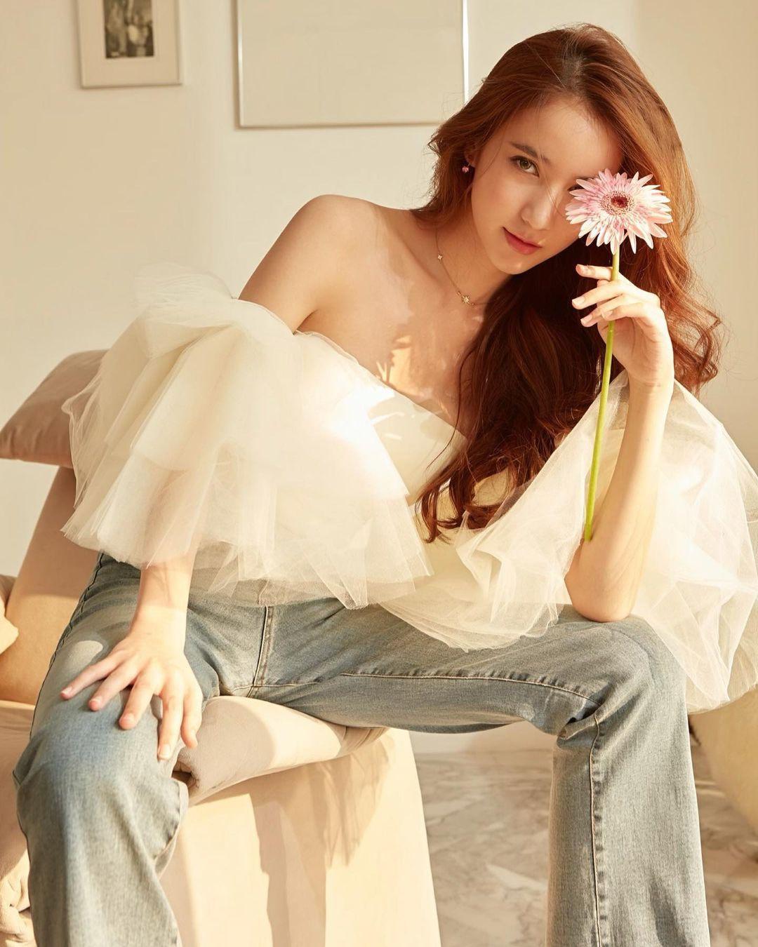 Hoa hậu Chuyển giới Thái Lan đẹp xuất sắc ở tuổi 24 - Ảnh 4.