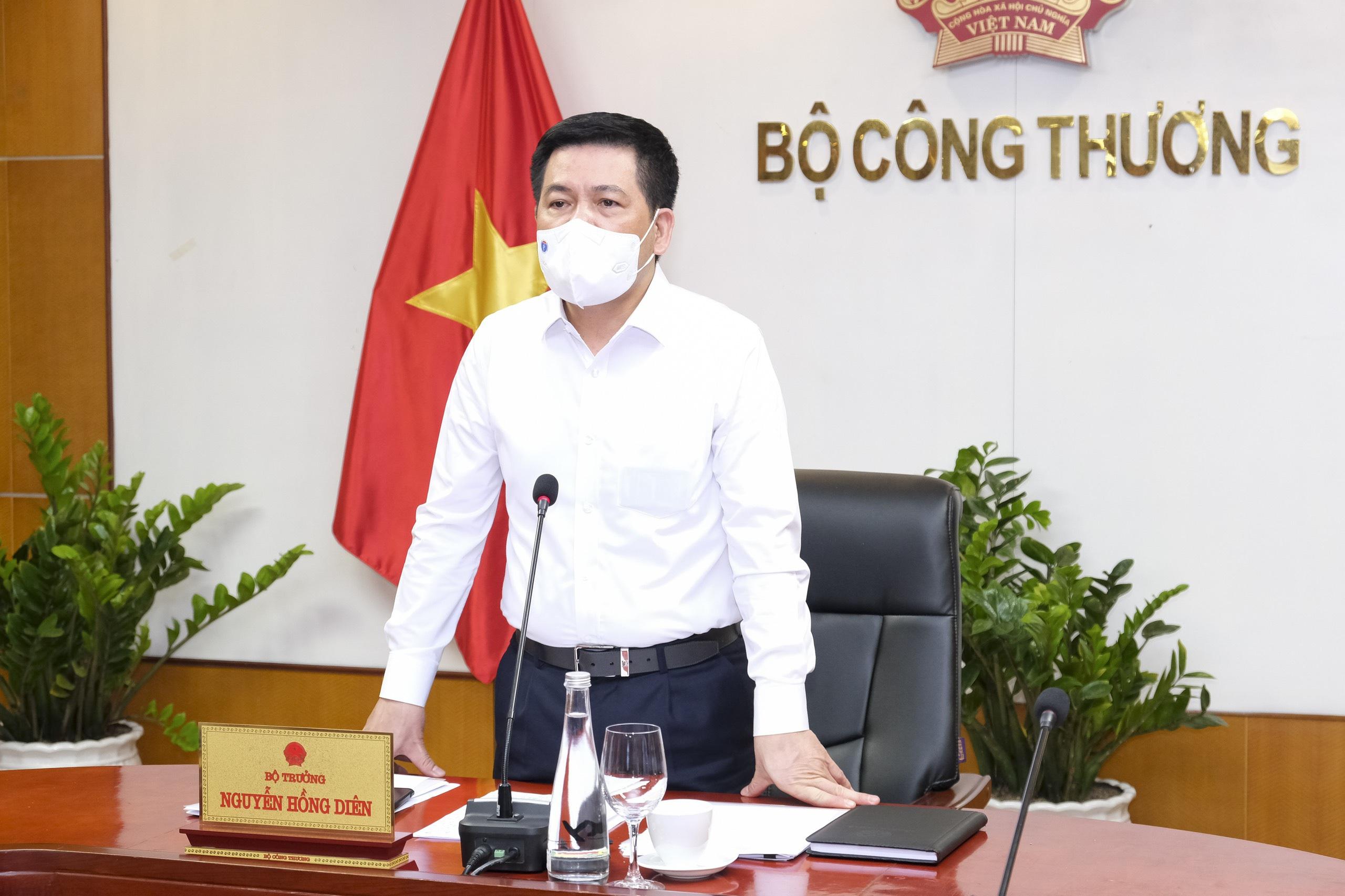 Chủ tịch Bắc Giang khẳng định vải thiều an toàn, người dân yên tâm sử dụng - Ảnh 2.