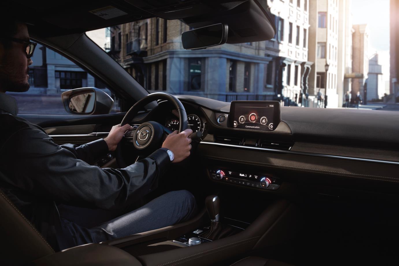 Mazda6 – lựa chọn sáng giá ở tầm 900 triệu đồng - Ảnh 2.