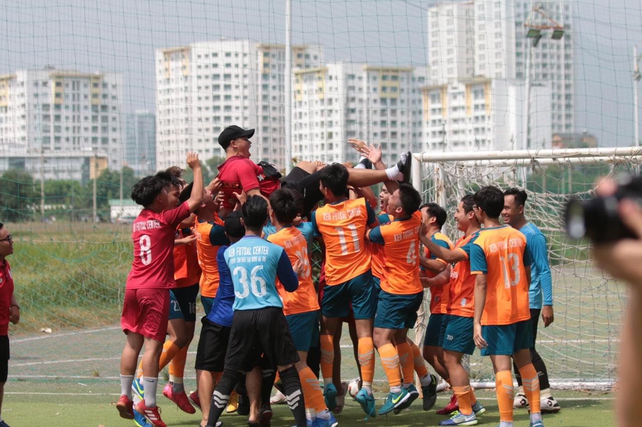 Hành trình của chàng trai phố núi đến với đấu trường World Cup Futsal 2021 - Ảnh 9.