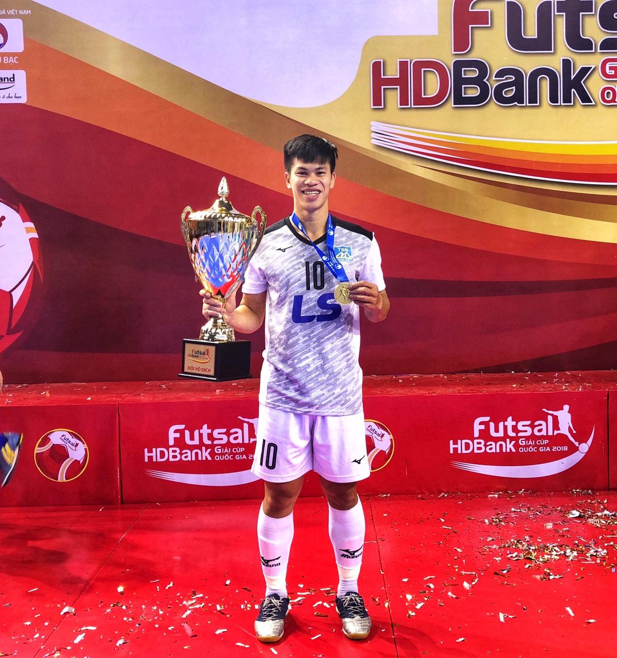 Hành trình của chàng trai phố núi đến với đấu trường World Cup Futsal 2021 - Ảnh 12.