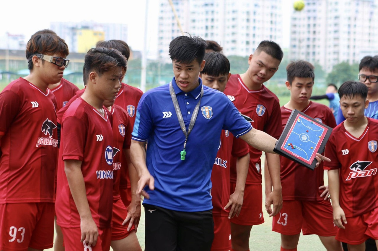 Hành trình của chàng trai phố núi đến với đấu trường World Cup Futsal 2021 - Ảnh 4.