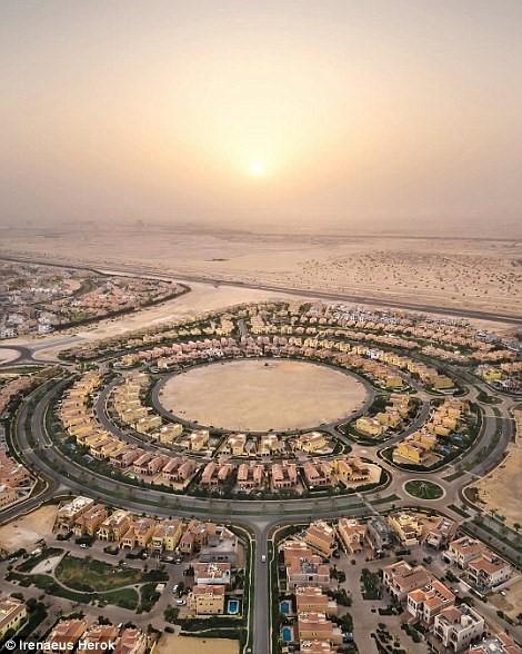 Vẻ đẹp siêu thực của Dubai nhìn từ trên cao - Ảnh 12.