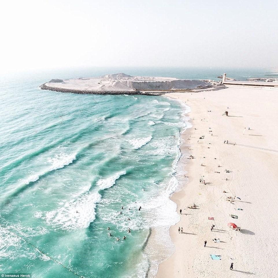Vẻ đẹp siêu thực của Dubai nhìn từ trên cao - Ảnh 18.