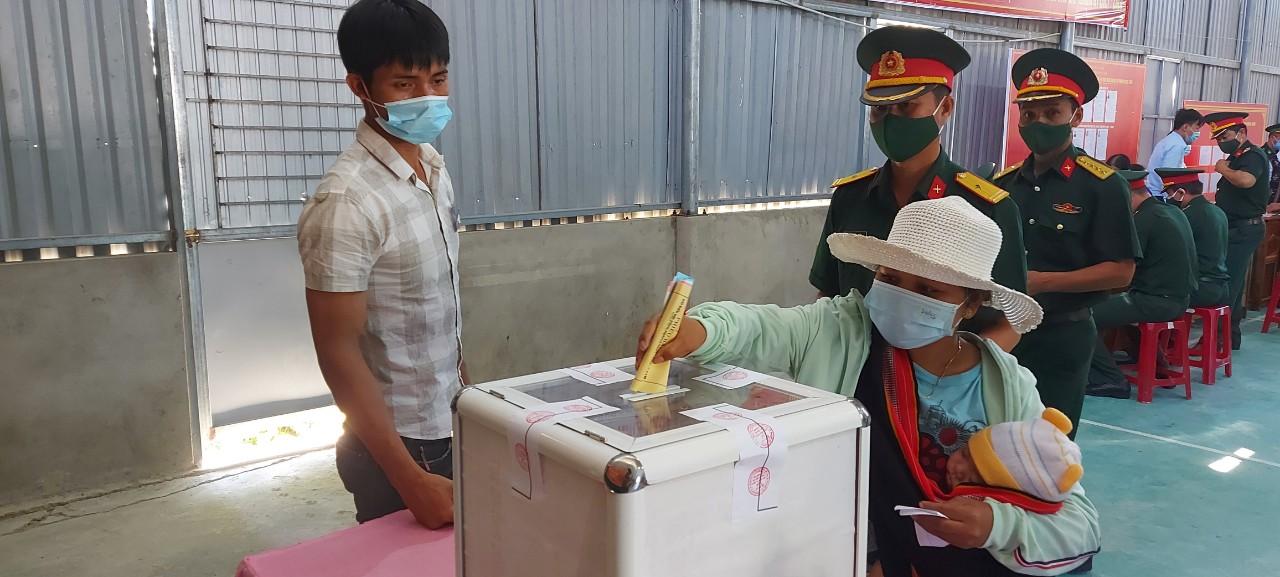 Quảng Nam: 57 đại biểu trúng cử HĐND tỉnh - Ảnh 2.