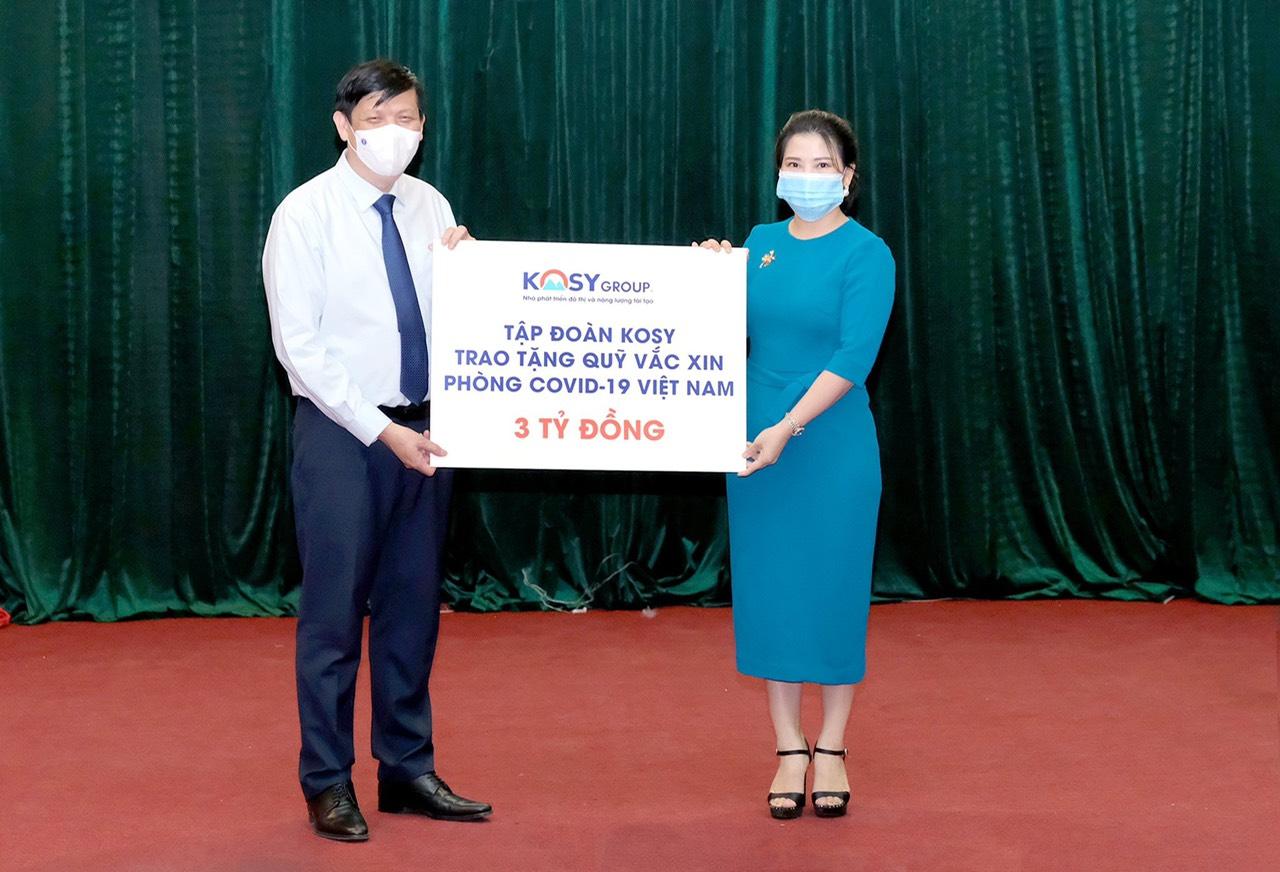Tập đoàn Kosy trao tặng 3 tỷ đồng ủng hộ Quỹ vắc xin phòng Covid-19 - Ảnh 1.