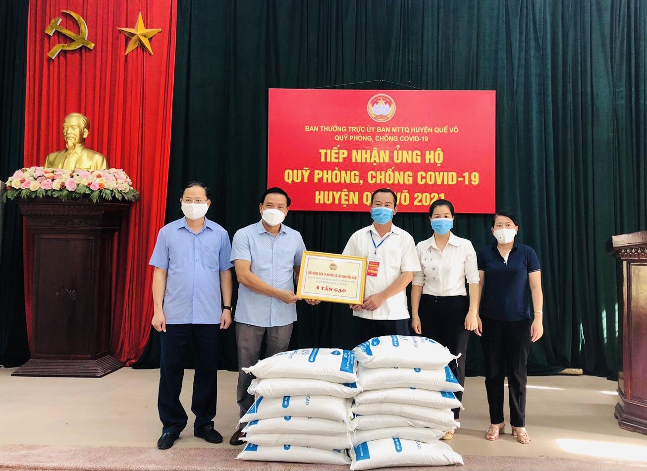Hội Nông dân Bắc Ninh tặng 21 tấn gạo cho nông dân vùng dịch - Ảnh 1.