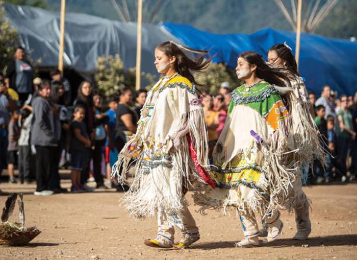 """Lễ Dậy thì đặc biệt của các thiếu nữ thổ dân Apache với đức tin về sự """"tái sinh"""" - Ảnh 8."""