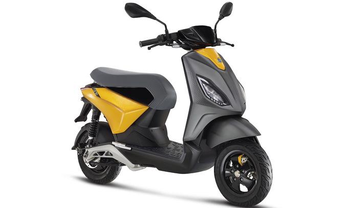 Piaggio One - xe máy điện nội thị cực kỳ linh hoạt - Ảnh 2.