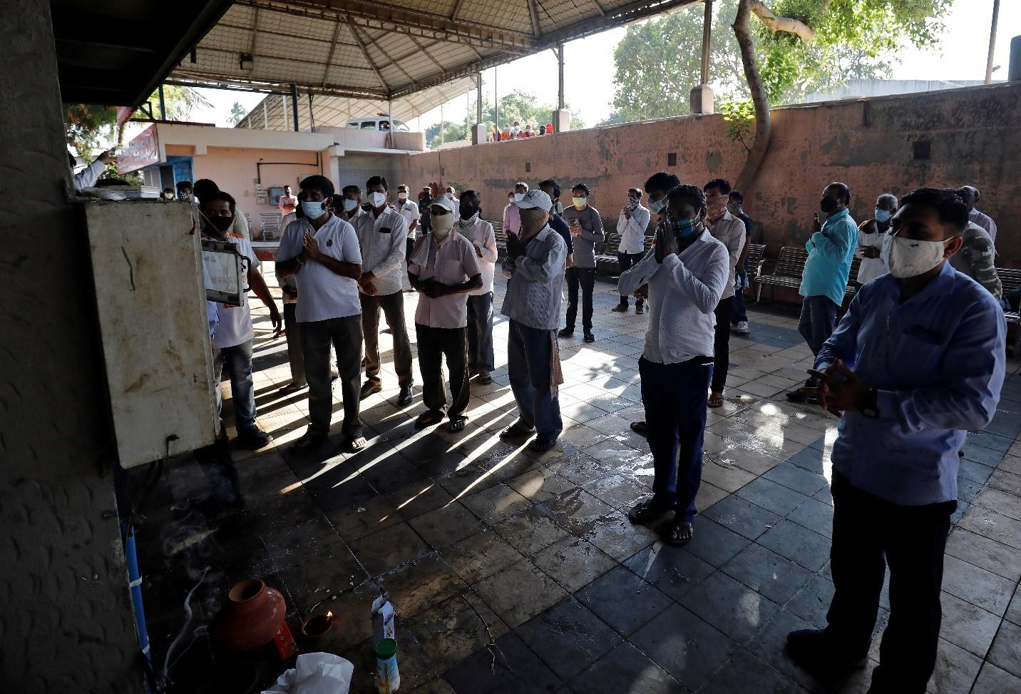 Số ca tử vong thực tế tại Ấn Độ cao hơn rất nhiều so với báo cáo chính thức - Ảnh 1.