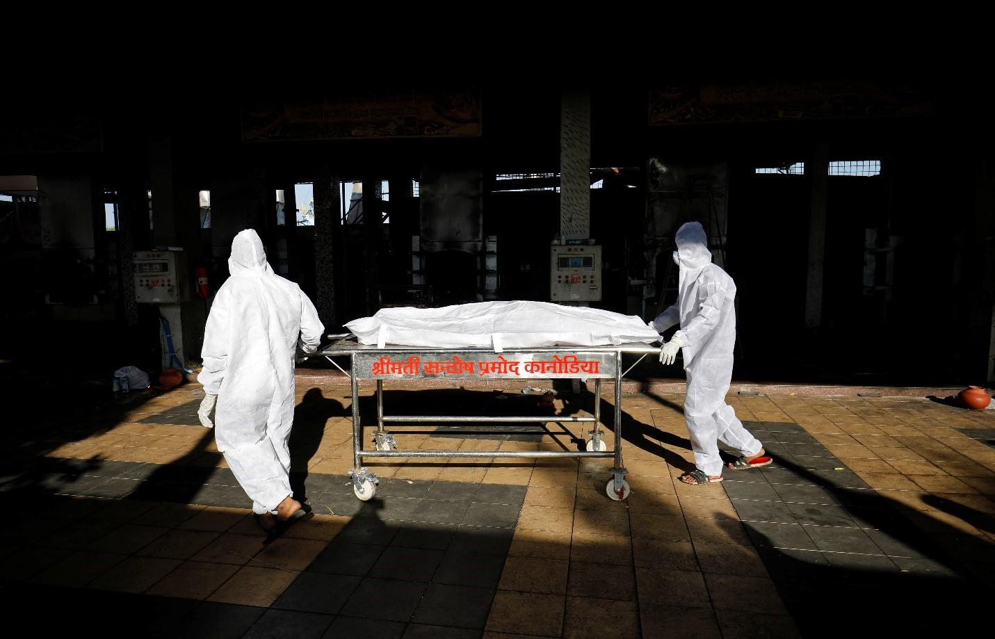 Số ca tử vong thực tế tại Ấn Độ cao hơn rất nhiều so với báo cáo chính thức - Ảnh 2.