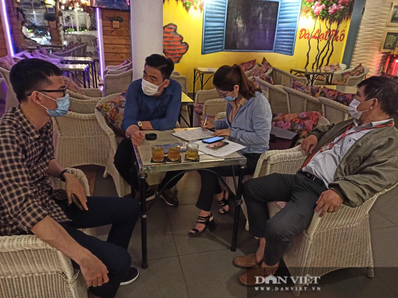 TP Hồ Chí Minh: Xử phạt hàng chục triệu đồng đối với nhiều quán cà phê vi phạm phòng dịch - Ảnh 6.
