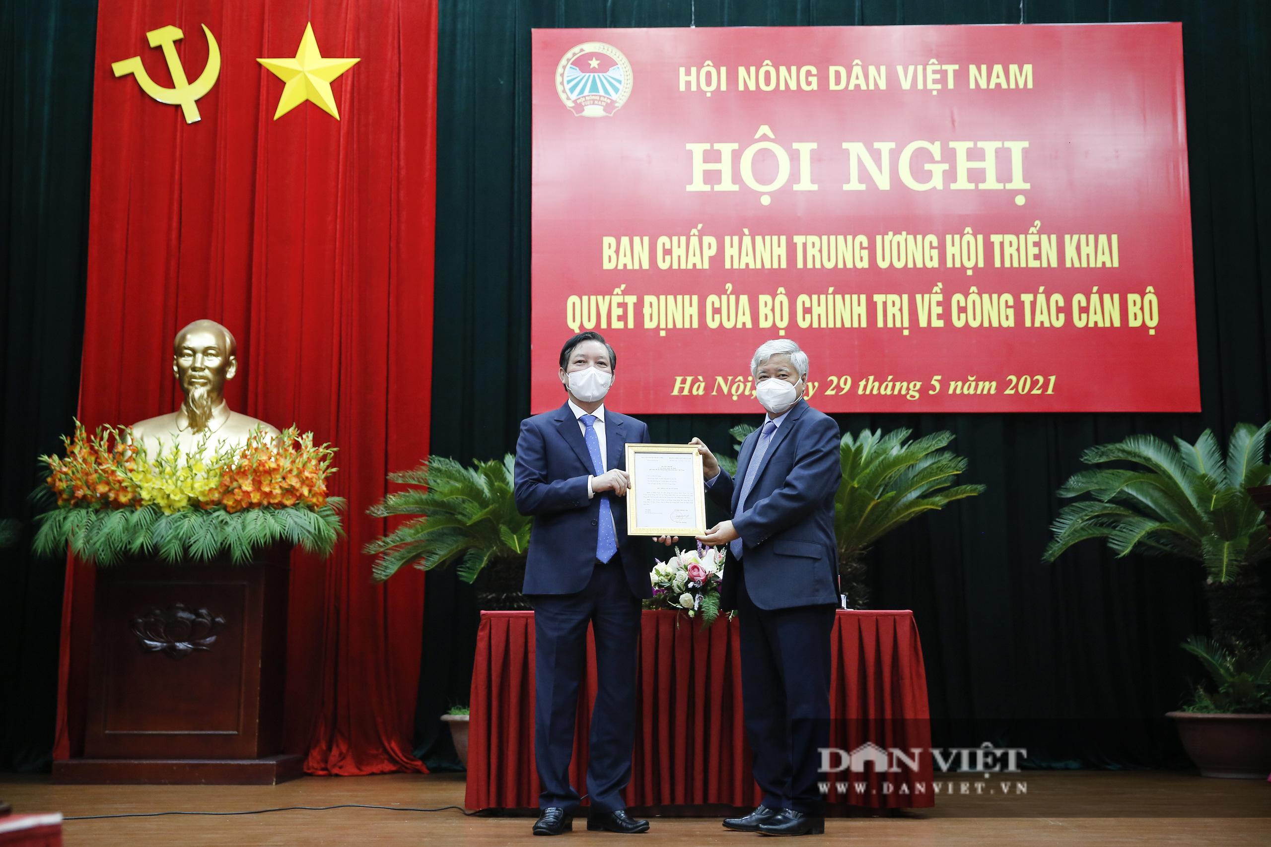 Ảnh: Hội nghị BCH TƯ Hội Nông dân Việt Nam triển khai quyết định của Bộ Chính trị về công tác cán bộ - Ảnh 7.