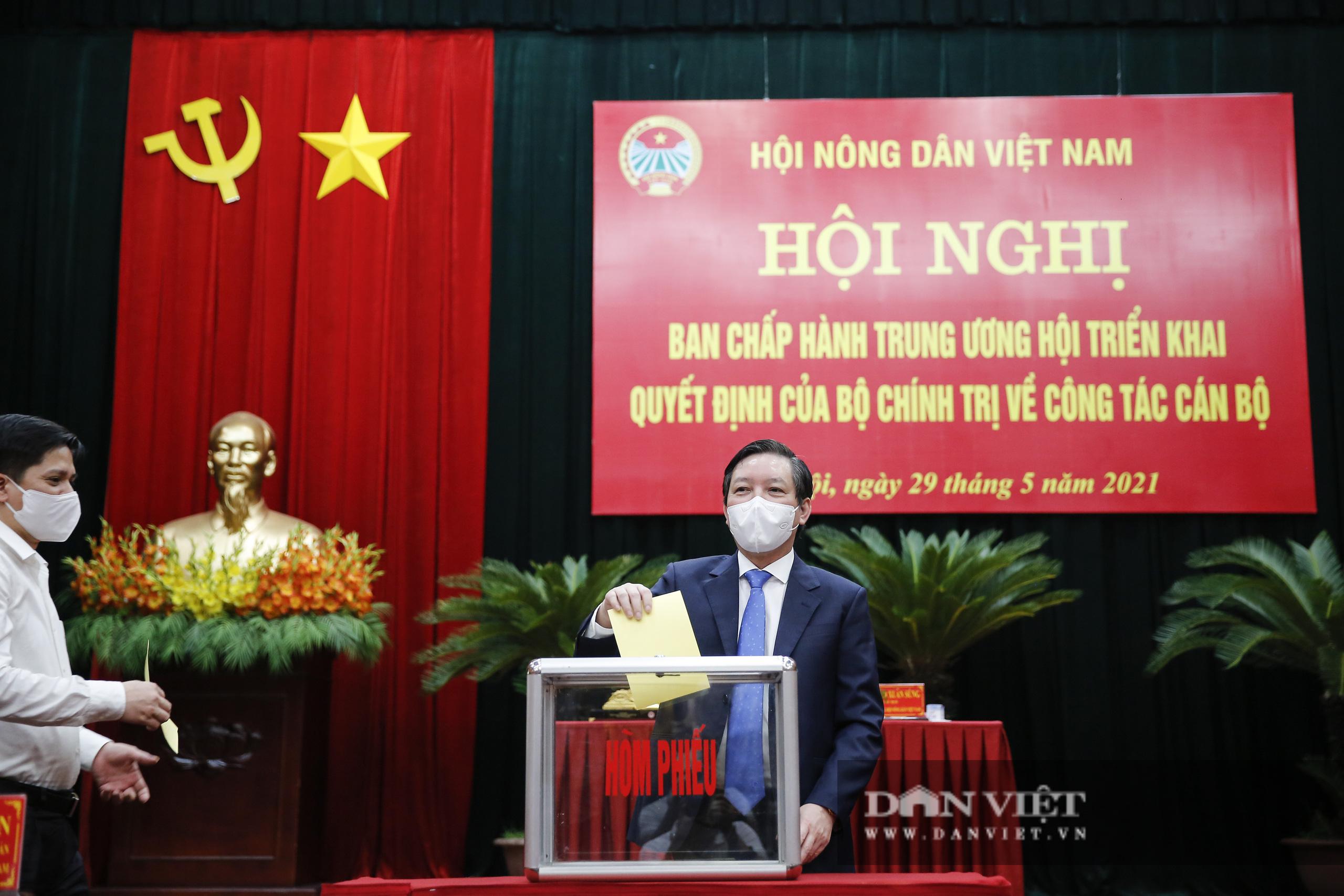 Ảnh: Hội nghị BCH TƯ Hội Nông dân Việt Nam triển khai quyết định của Bộ Chính trị về công tác cán bộ - Ảnh 10.