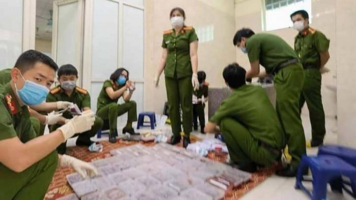 Hà Nội: Làm rõ vụ cất giấu hơn 1.300 thai nhi trong tủ lạnh - Ảnh 1.