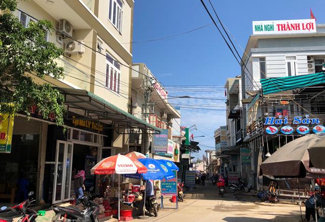 Quảng Ngãi: Huyện xin lấn biển lấy đất cấp cho dân làm nơi ở  - Ảnh 1.