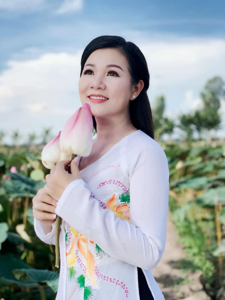 """Chuyện cuối tuần: Dương Hồng Loan áp lực khi bị chồng hỏi khó """"một là chọn hát, hai là chọn anh""""  - Ảnh 2."""