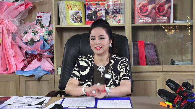 Vì sao bà Nguyễn Phương Hằng dừng livestream? - Ảnh 1.