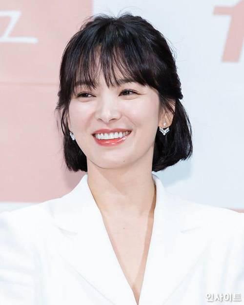 Tại sao Song Hye Kyo luôn tự hào về mẹ, không nhắc đến cha? - Ảnh 2.