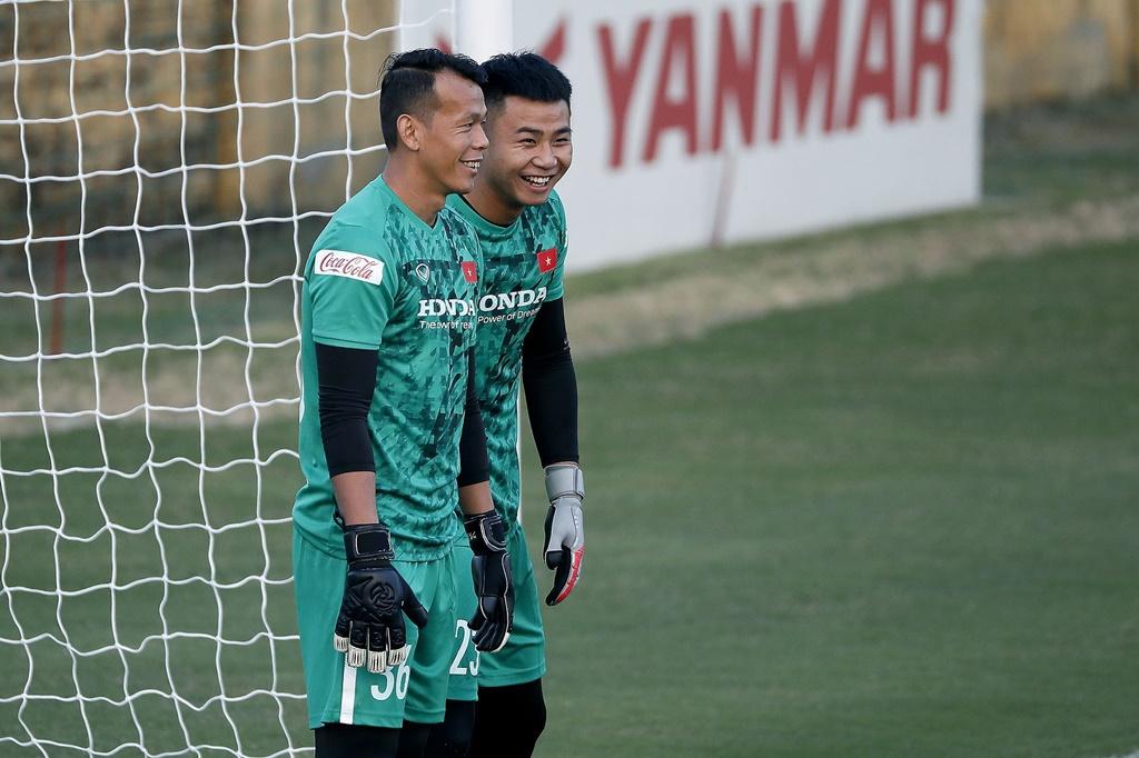 NÓNG: HLV Park Hang-seo bỏ qua thủ môn Đặng Văn Lâm - Ảnh 3.
