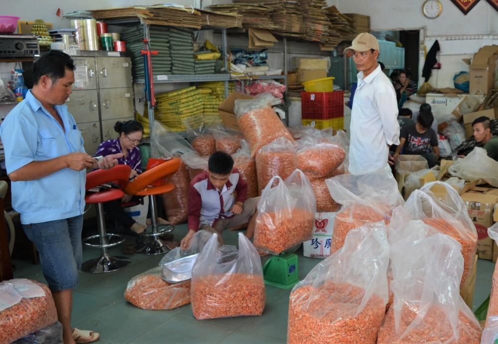 Đặc sản tôm khô Rạch Gốc của tỉnh Cà Mau được làm từ mấy loại tôm, loại tôm nào làm khô ngon nhất? - Ảnh 7.