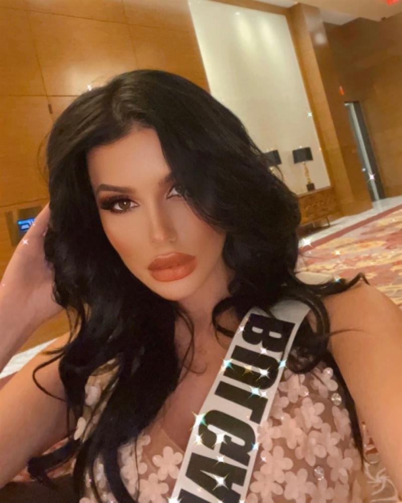 """Thí sinh Miss Universe 2020 bị chỉ trích vì tạo """"drama"""", thẳng thừng chê bai tân hoa hậu - Ảnh 1."""