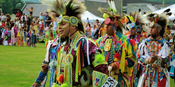 Lễ hội Pow Wow cuốn hút với những vũ điệu sắc màu độc lạ của thổ dân Cherokee - Ảnh 6.
