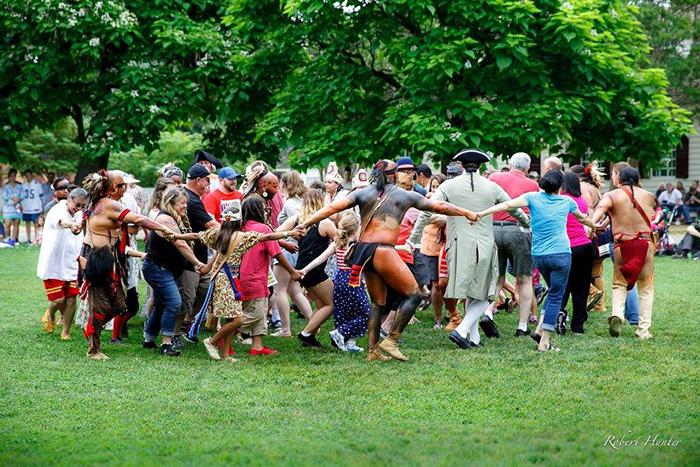 Lễ hội Pow Wow cuốn hút với những vũ điệu sắc màu độc lạ của thổ dân Cherokee - Ảnh 7.