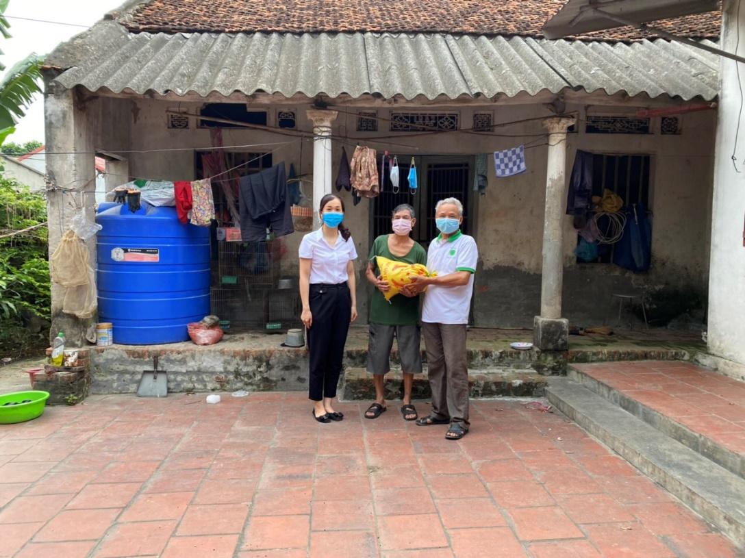 Thực hiện nhiệm vụ kép: Vừa chống dịch vừa duy trì hoạt động sản xuất kinh doanh tại Bắc Ninh - Ảnh 1.