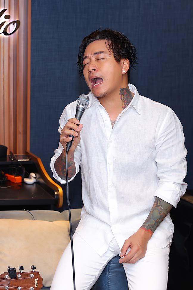 Ca sĩ Tuấn Hưng, Tùng Dương ủng hộ gần 2 tỷ cho Bắc Ninh, Bắc Giang - Ảnh 2.
