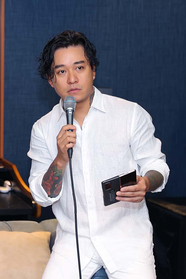 Ca sĩ Tuấn Hưng, Tùng Dương ủng hộ gần 2 tỷ cho Bắc Ninh, Bắc Giang - Ảnh 1.