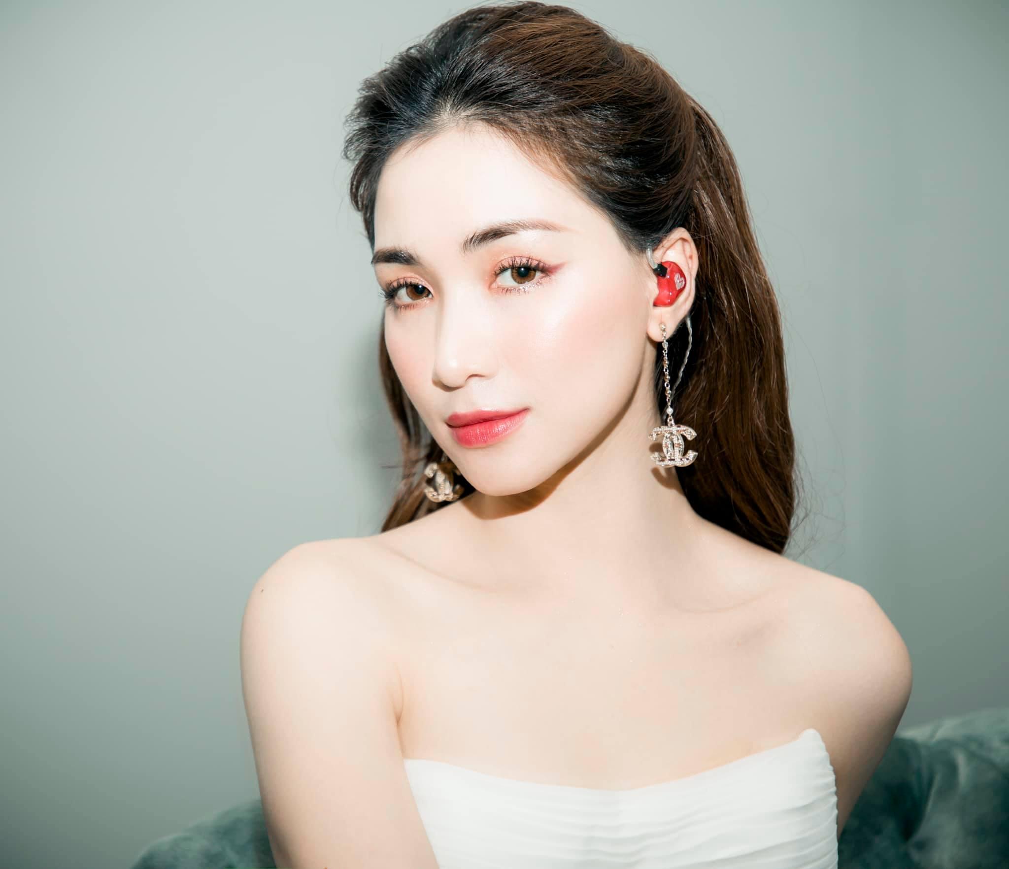 Vì sao Hòa Minzy và chồng đại gia có con chung nhưng chưa làm đám cưới? - Ảnh 5.