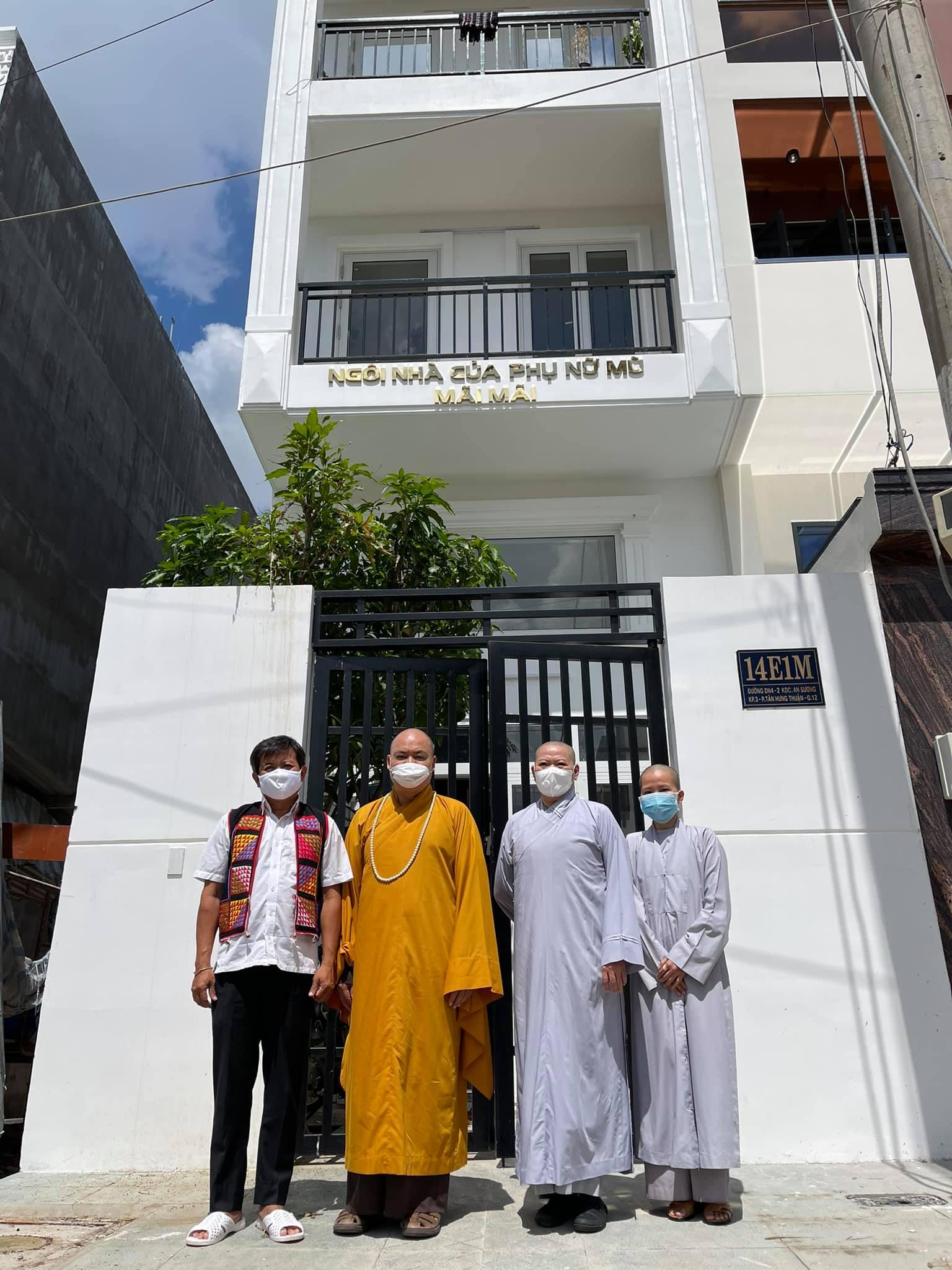 Ông Đoàn Ngọc Hải hiến tặng căn nhà 4 tầng để cưu mang người mù vô gia cư - Ảnh 3.
