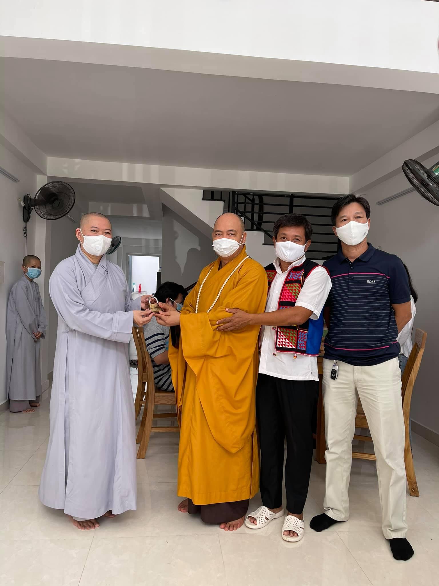 Ông Đoàn Ngọc Hải hiến tặng căn nhà 4 tầng để cưu mang người mù vô gia cư - Ảnh 2.