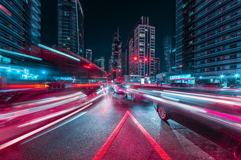 Ảnh phơi sáng biến Dubai thành một thành phố không ngủ về đêm - Ảnh 2.