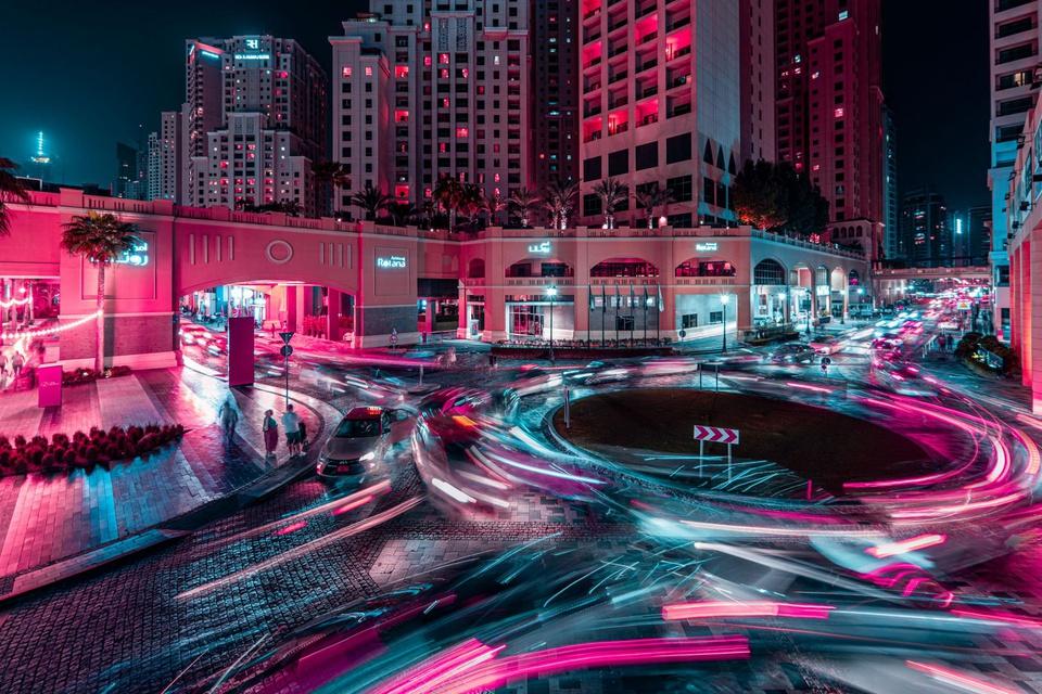 Ảnh phơi sáng biến Dubai thành một thành phố không ngủ về đêm - Ảnh 5.