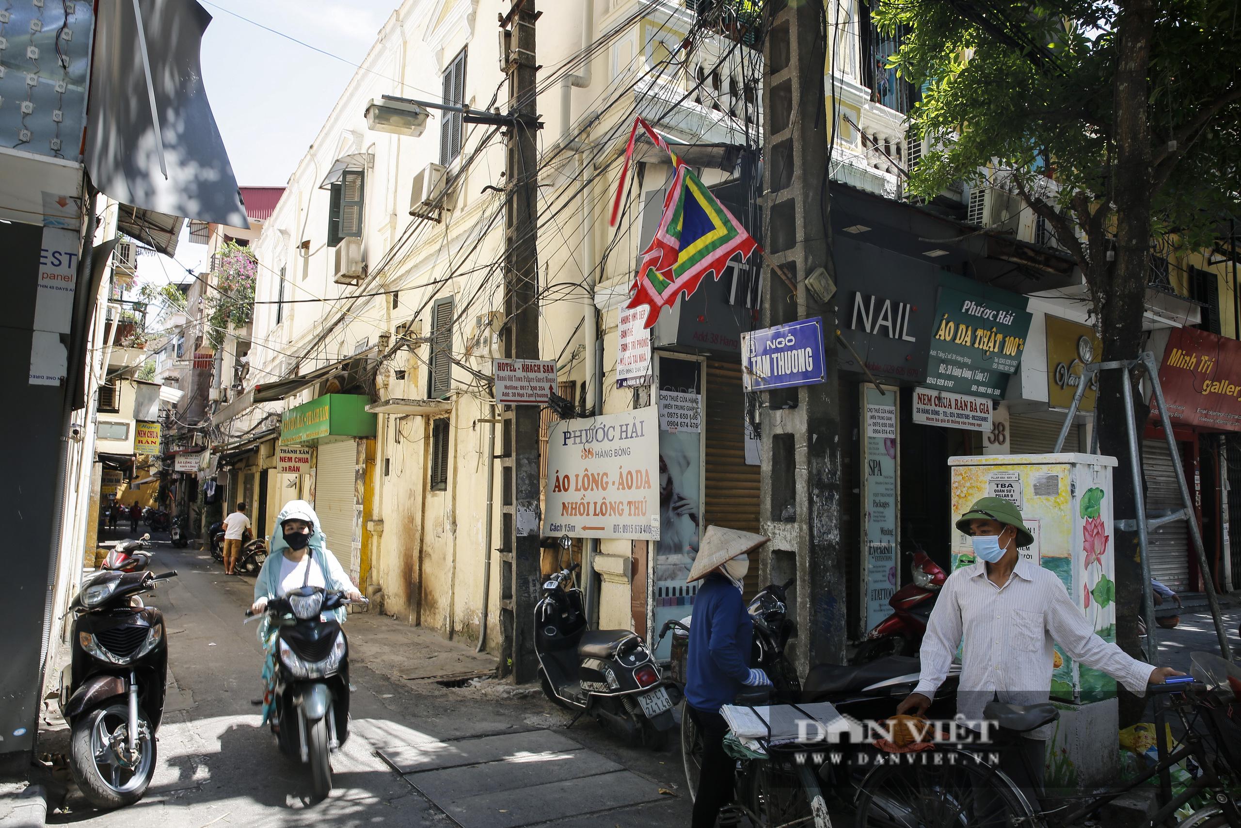 Hà Nội: Kỳ lạ con phố cổ dài 1 Km nhưng có 6 tên gọi khác nhau - Ảnh 8.