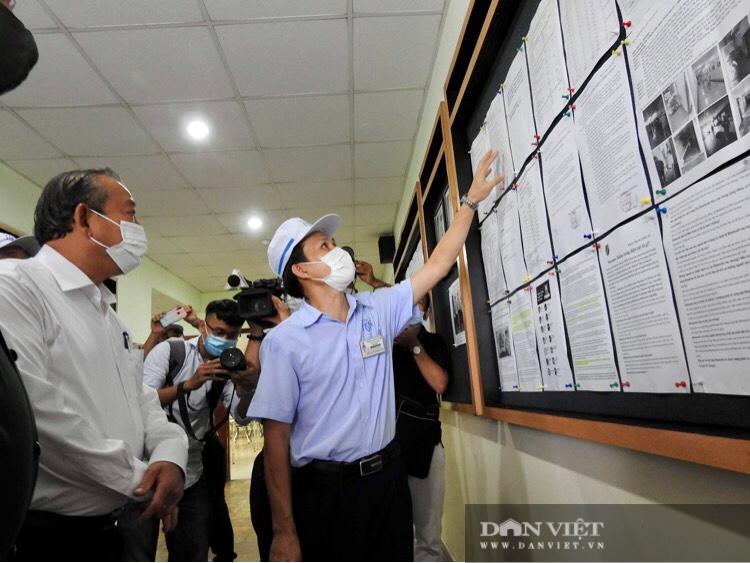 Covid-19: Phó Thủ tướng Trương Hòa Bình trực tiếp kiểm tra dây chuyền, bếp ăn trong khu chế xuất - Ảnh 5.