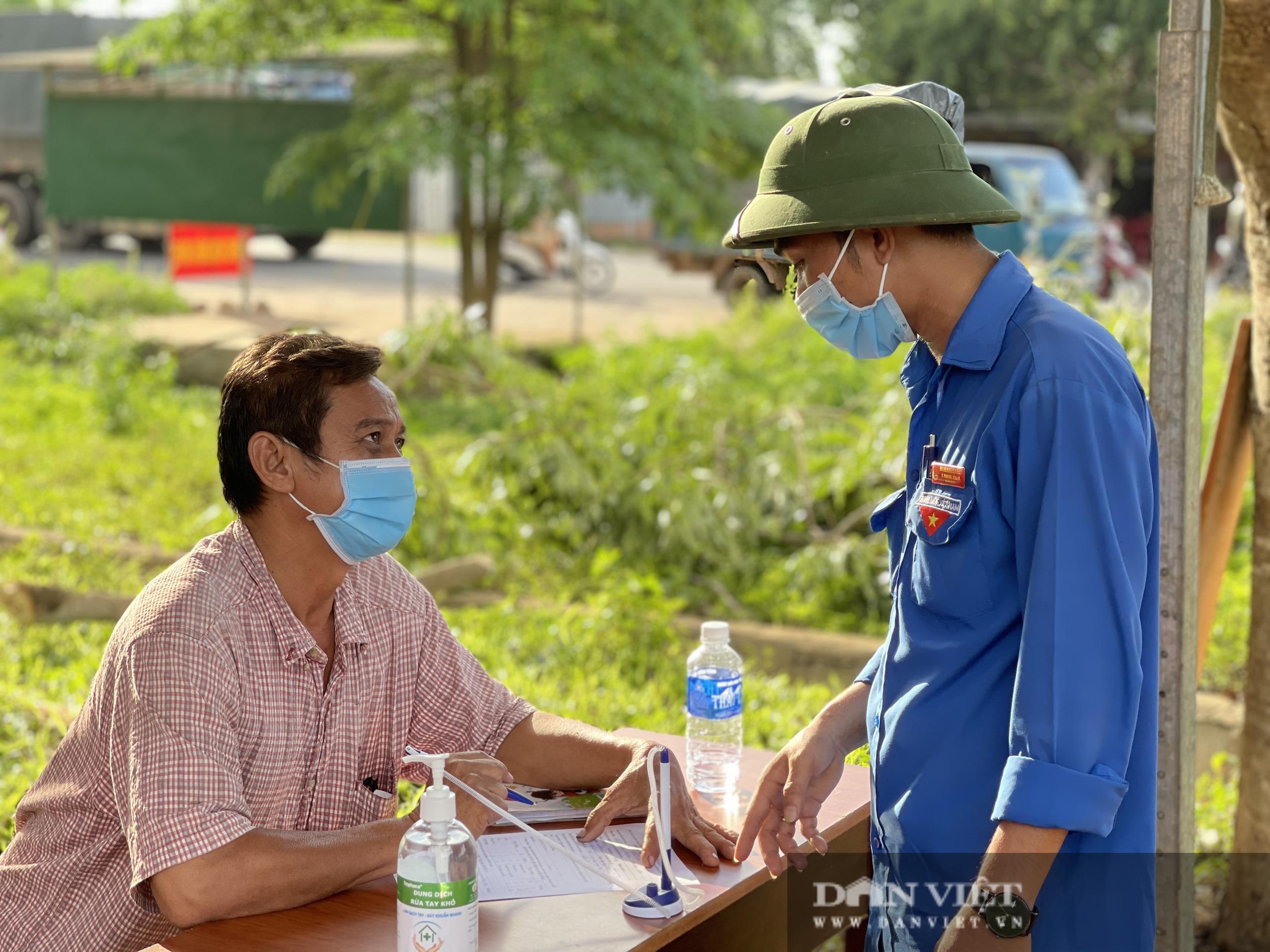 Đắk Lắk: Kích hoạt lại chốt kiểm tra phòng, chống dịch sau khi ghi nhận ca thứ 4 dương tính SARS-CoV-2 - Ảnh 9.