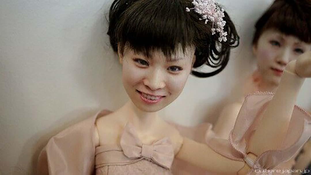 """Nhật Bản: Khách hàng giật mình """"sợ hãi"""" bởi vật này giống mình tới từng centimet - Ảnh 1."""