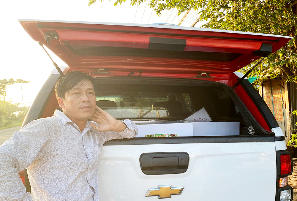 An Giang: Bắt quả tang giám đốc công ty sản xuất thuốc bảo vệ thực vật dỏm - Ảnh 1.