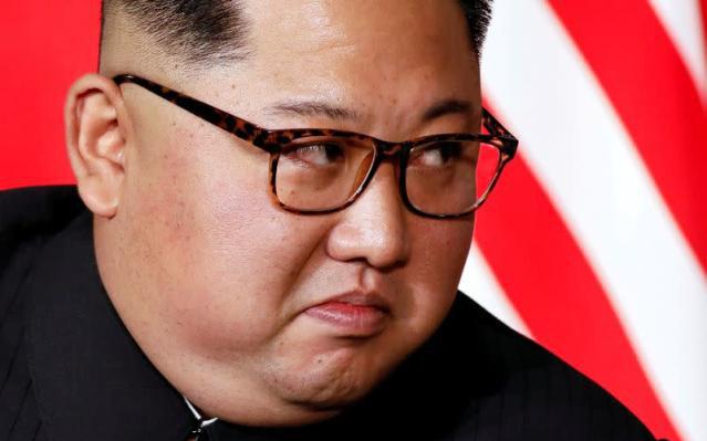 """Kim Jong-un tuyên bố rắn khi Mỹ có hành động """"đáng ngờ"""""""
