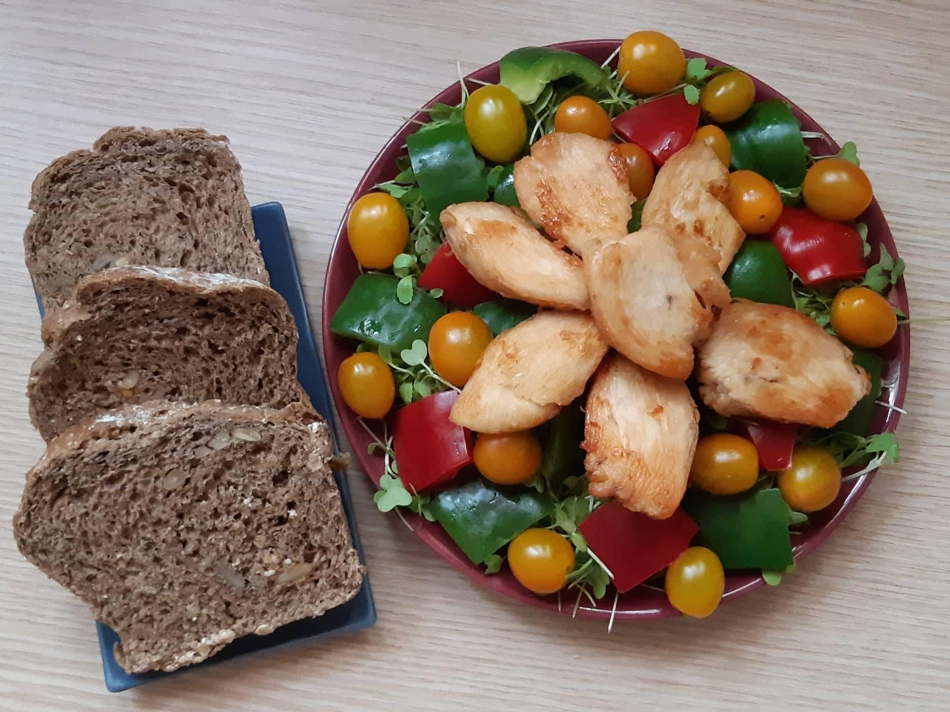 Cách làm bánh mì đen giòn ngon bổ dưỡng như đồ nhập khẩu tại nhà - Ảnh 13.