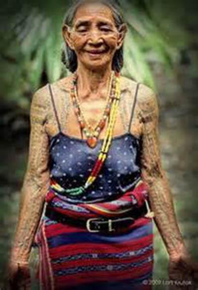 """Bộ lạc """"Thần Rừng"""" Aeta với các nữ thợ săn thiện xạ và cách làm đẹp bằng tạo sẹo trên cơ thể - Ảnh 7."""