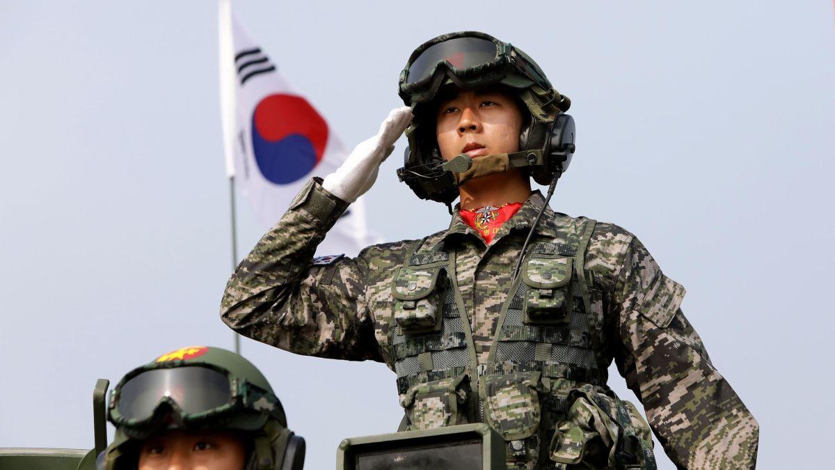 Top 10 đội quân mạnh nhất thế giới 2021, đặc biệt Việt Nam là 1 trong 10 nước sở hữu số lượng xe tăng 'khủng' - Ảnh 5.