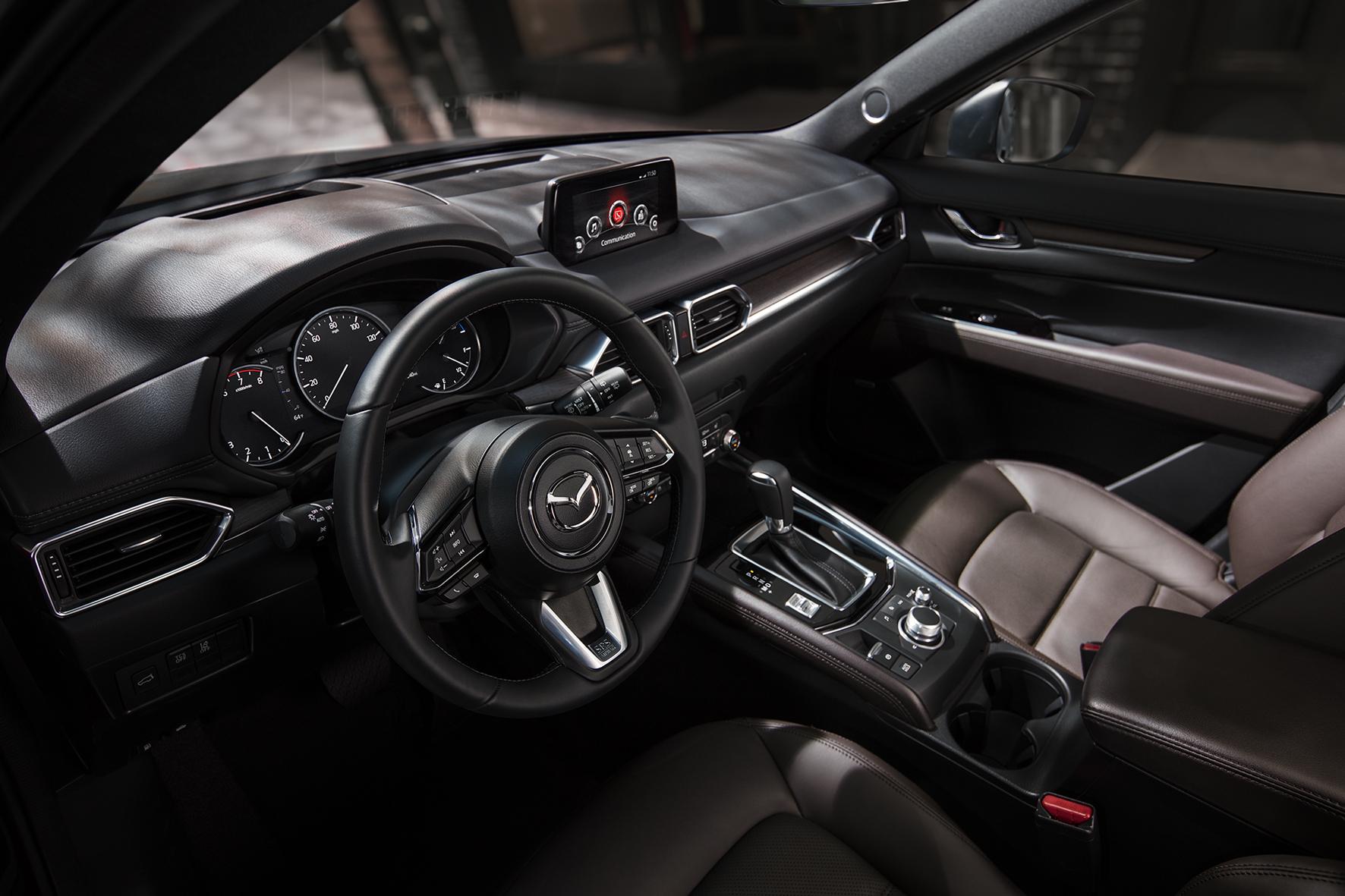 Ưu thế nào giúp Mazda CX-5 'thống lĩnh' phân khúc SUV cỡ trung tại Việt Nam? - Ảnh 5.